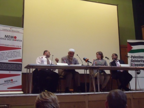Sheikh Raed Salah (2nd from Left), who Ben White defended, at PSC/MEMO event the day before his arrest.