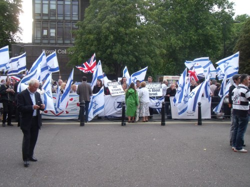 Last night's pro-Israel rally outside Royal Albert Hall.