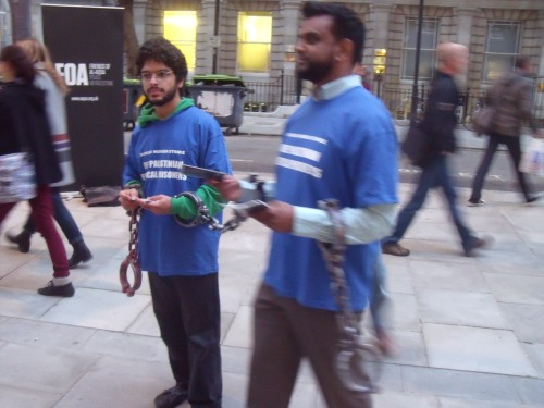 Mock Palestinian prisoners outside ULU last night.