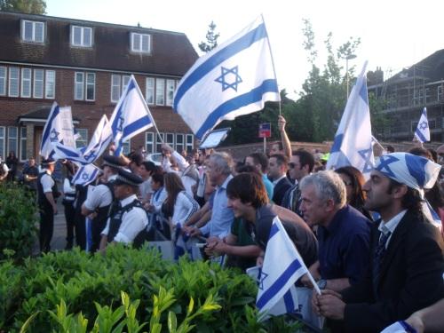 Am Yisrael Chai.