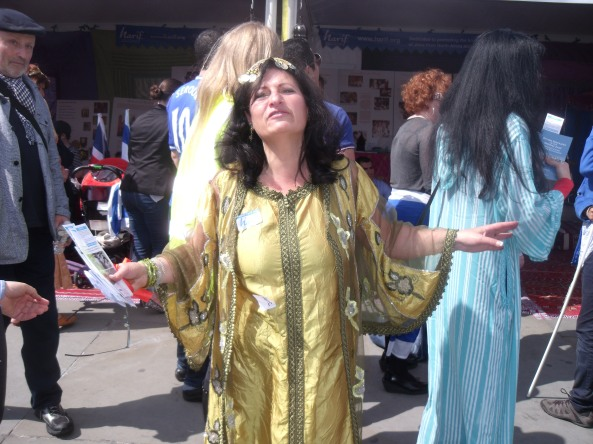 Harif's lovely Michelle Huberman doing what she does best at CTI65. Bellydance!