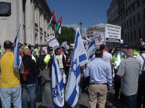 Israel supporters come face to face with extremism on the streets of London.