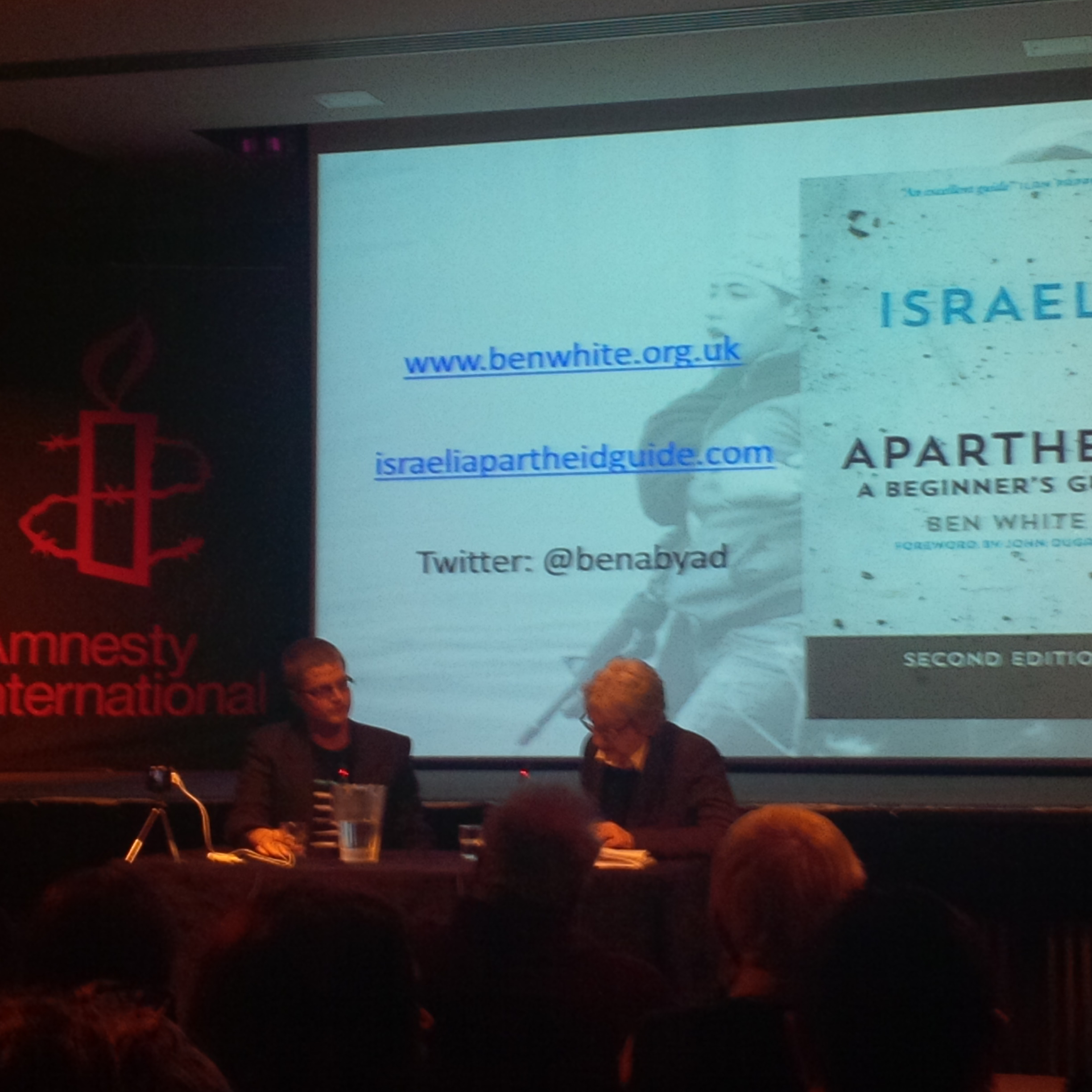 White and Hearst in discussion at Amnesty last night.