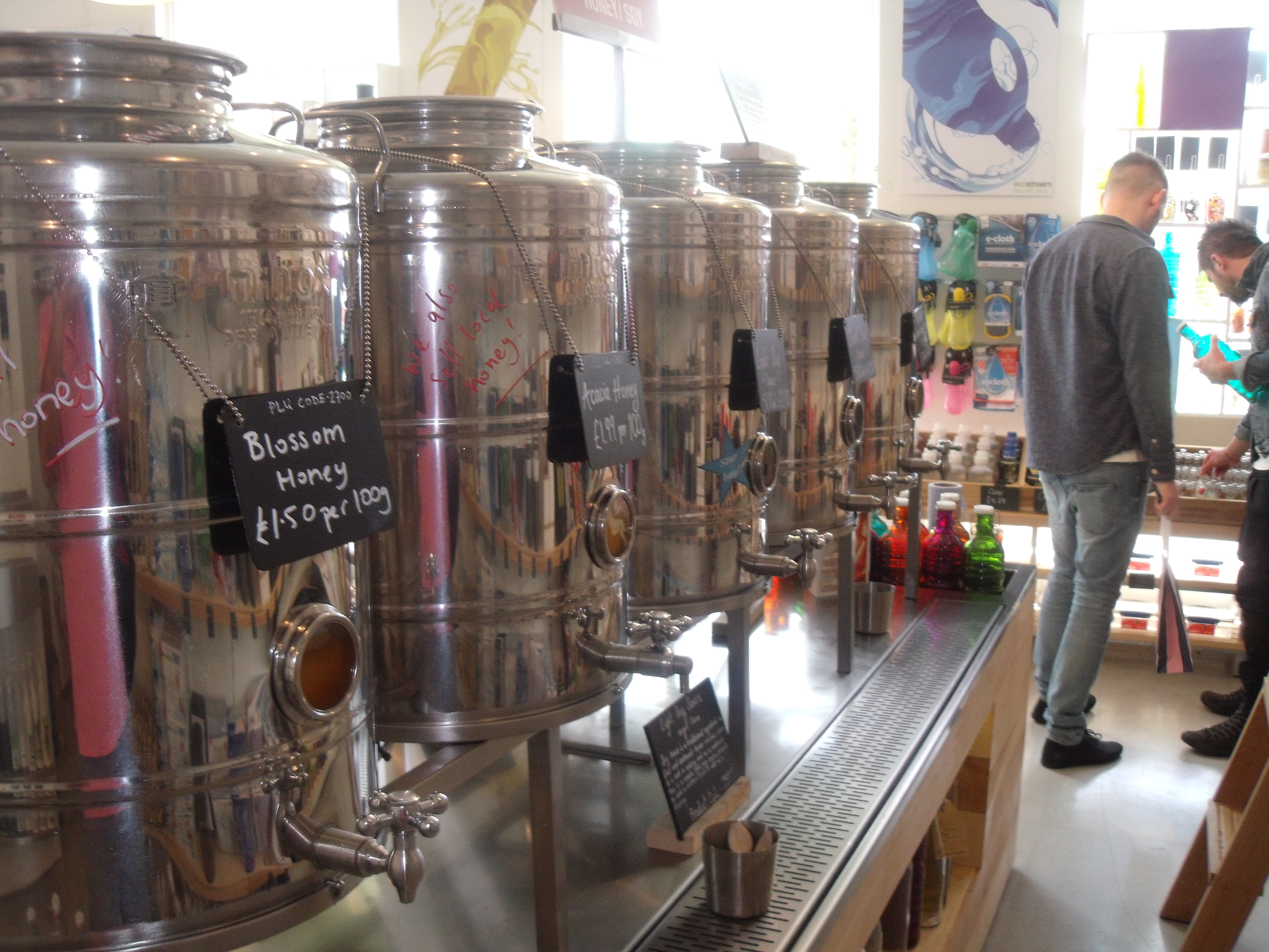 Refill your bottle of honey in Ecostream.